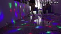 Cris e Emanuela rebolaram no pole dance