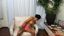 Luna Costa levou o consolo pro chat de sexo e enfiou na buceta!