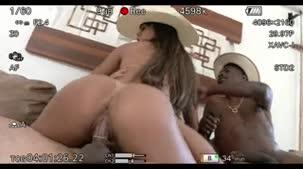 Shayenne Samara fez gang bang com três cowboys bem dotados