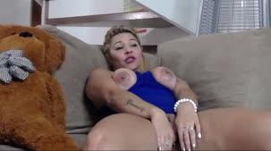 Chat de sexo com Monique Lopes nua