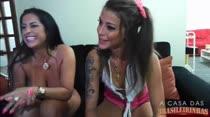 Lésbicas Julia Karolyne | Chat com Internauta | A Casa das Brasileirinhas