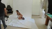 Bella Ferrara posou nua pela primeira vez na Casa das Brasileirinhas