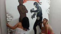 Mel Faro e Lility Scarlett dão show de putaria no paredão erótico