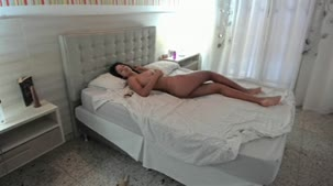 Vinny Burgos acordou Shay do jeito que toda mulher gostaria de ser acordada