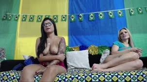 Chat de sexo em dupla: Ines Ventura e Amanda Souza