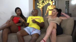Bruninha Fitness está de volta a Casa das Brasileirinhas