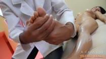 Laisa Gregory recebeu massagem erótica, confira!