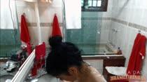 Bruna Ferraz se insinuando no Banho Sensual